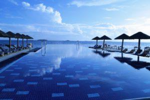 pool side villas for wedding retreat
